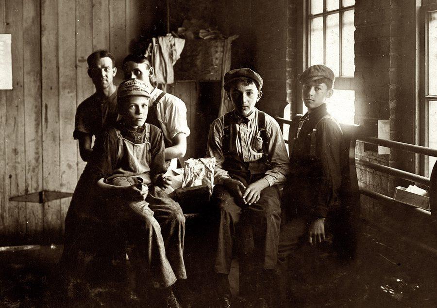 Этим фотографиям больше 100 лет!